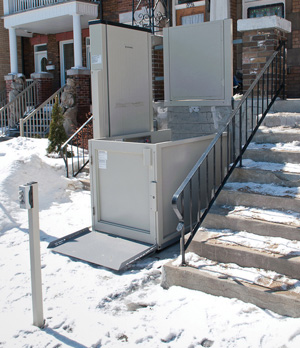 Savaria Multilift Porch Lift