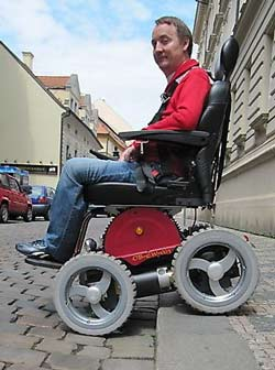 Observer Power Wheelchair with Leveling Seat Image